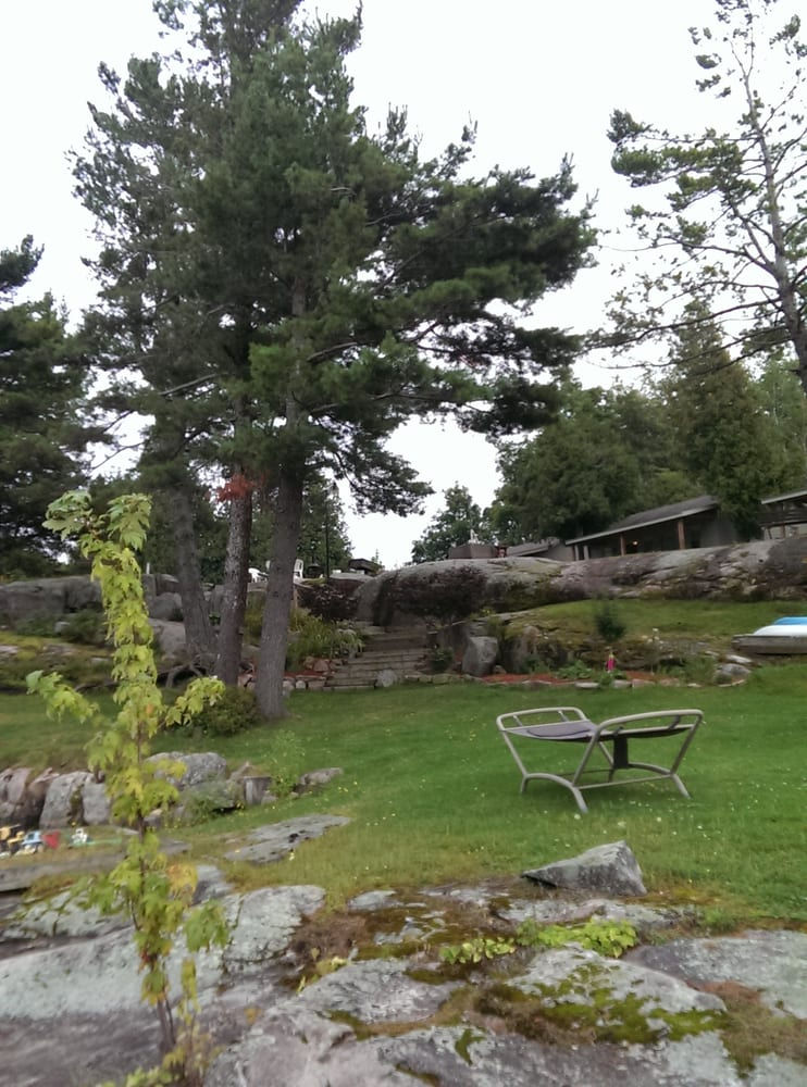 Hidaway Cottages: 47561 Dingman Point Rd, Alexandria Bay, NY