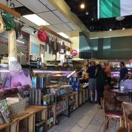 Giacomo S Italian Market 63 Photos 83 Reviews Italian 2109 New Garden Rd Greensboro Nc