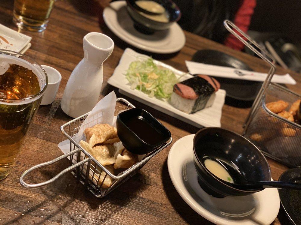 Zu Izakaya Asian Kitchen