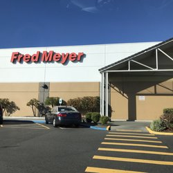Fred Meyer 29 Photos 34 Reviews Department Stores 1100 N