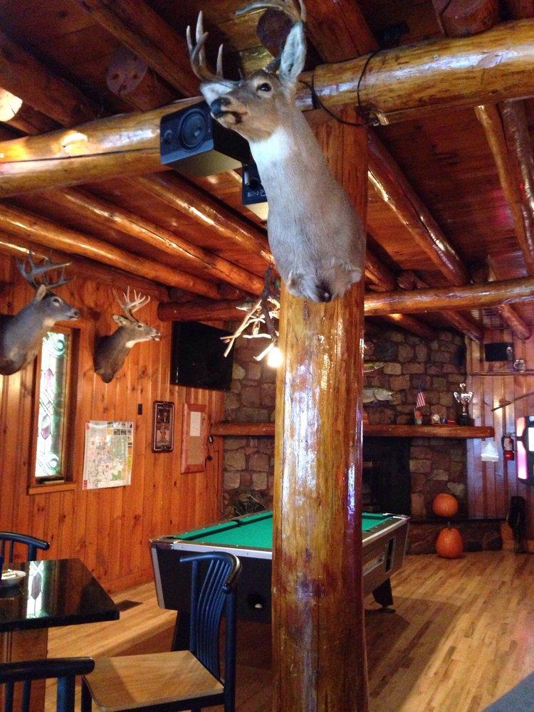 Bierstube Lounge: Garmisch Resort Rd, Cable, WI
