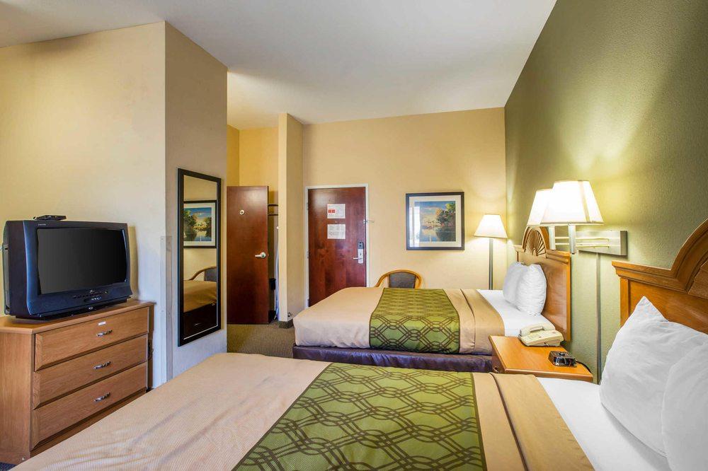 Econo Lodge: 3022 James Rd, Valdosta, GA