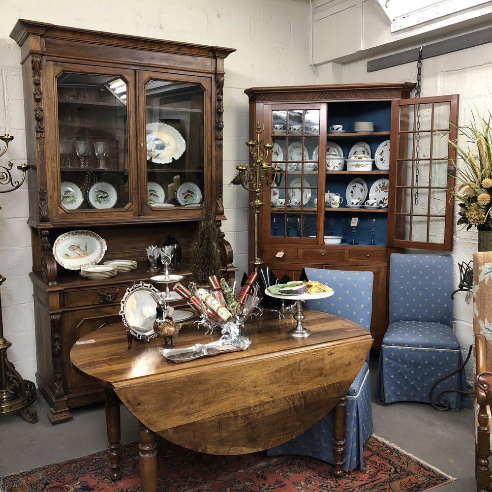 Baileywyck Antiques: 4274 Loudoun Ave, The Plains, VA