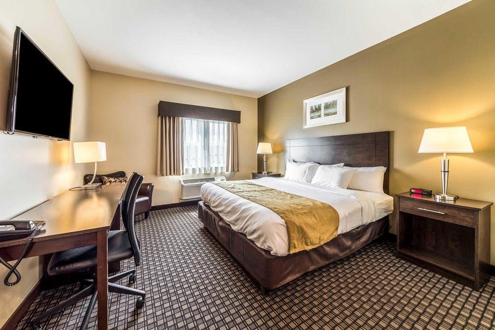 Comfort Inn & Suites Barnesville - Frackville: 1252 Morea Rd, Barnesville, PA