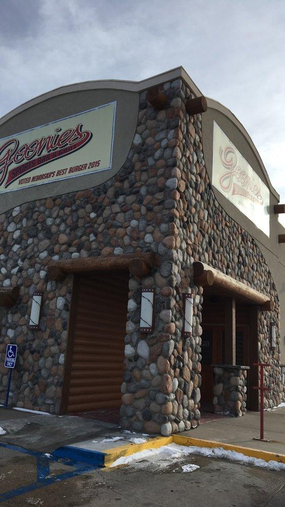 Goonie's Sports Bar & Grill: 1802 East 20th Place, Scottsbluff, NE