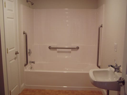 6 foot tub and shower w/handicap grab bars | Yelp