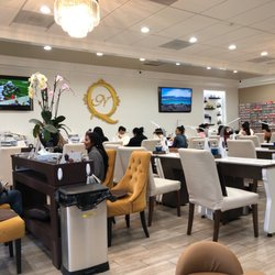 Awe Inspiring Queenies Nail Spa 1306 Fotos 716 Beitrage Home Interior And Landscaping Ologienasavecom