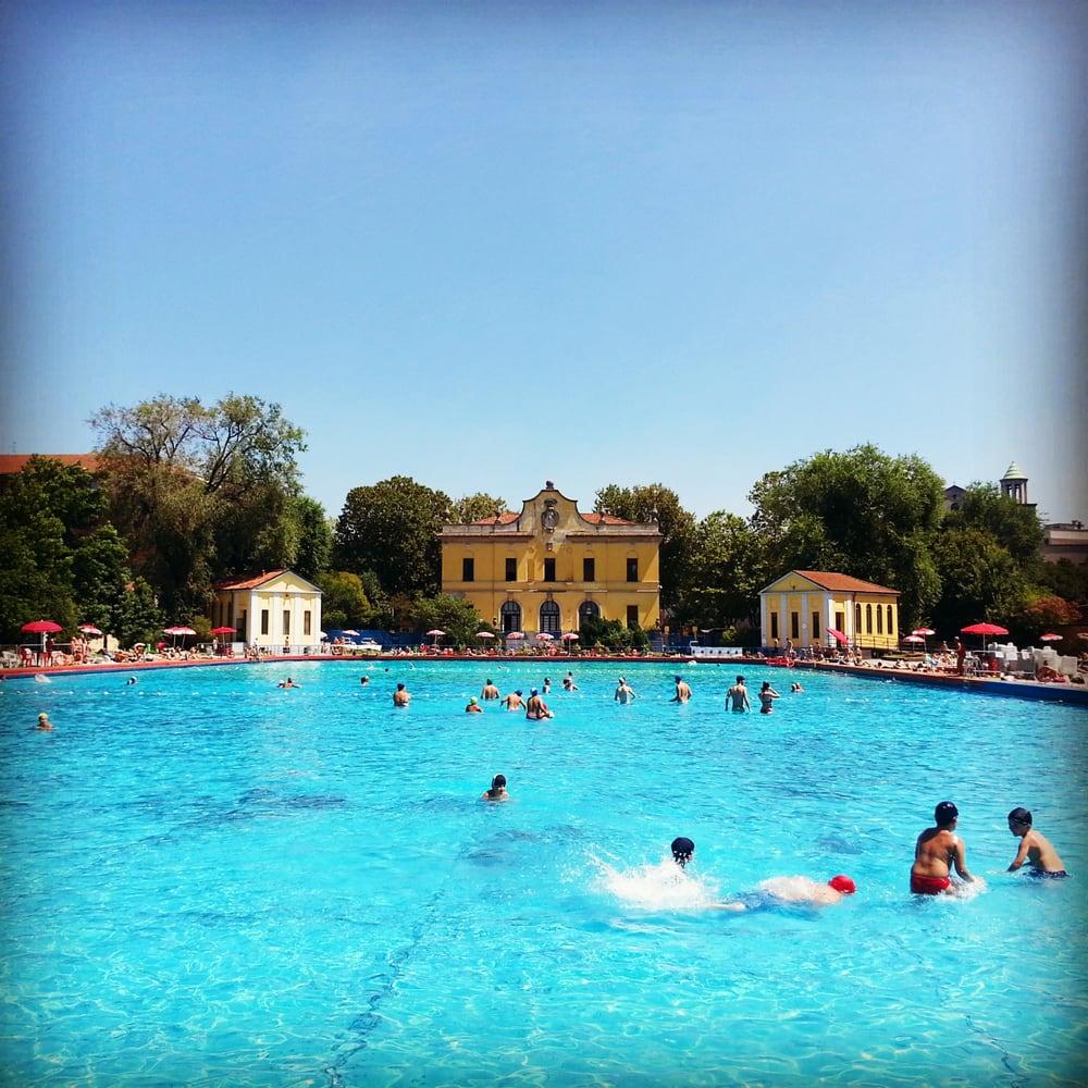Piscina romano 10 recensioni piscine via amp re 20 - Piscina al coperto milano ...