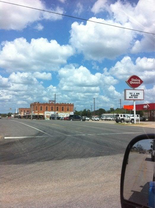 Nixon City of: 100 W 3rd St, Nixon, TX