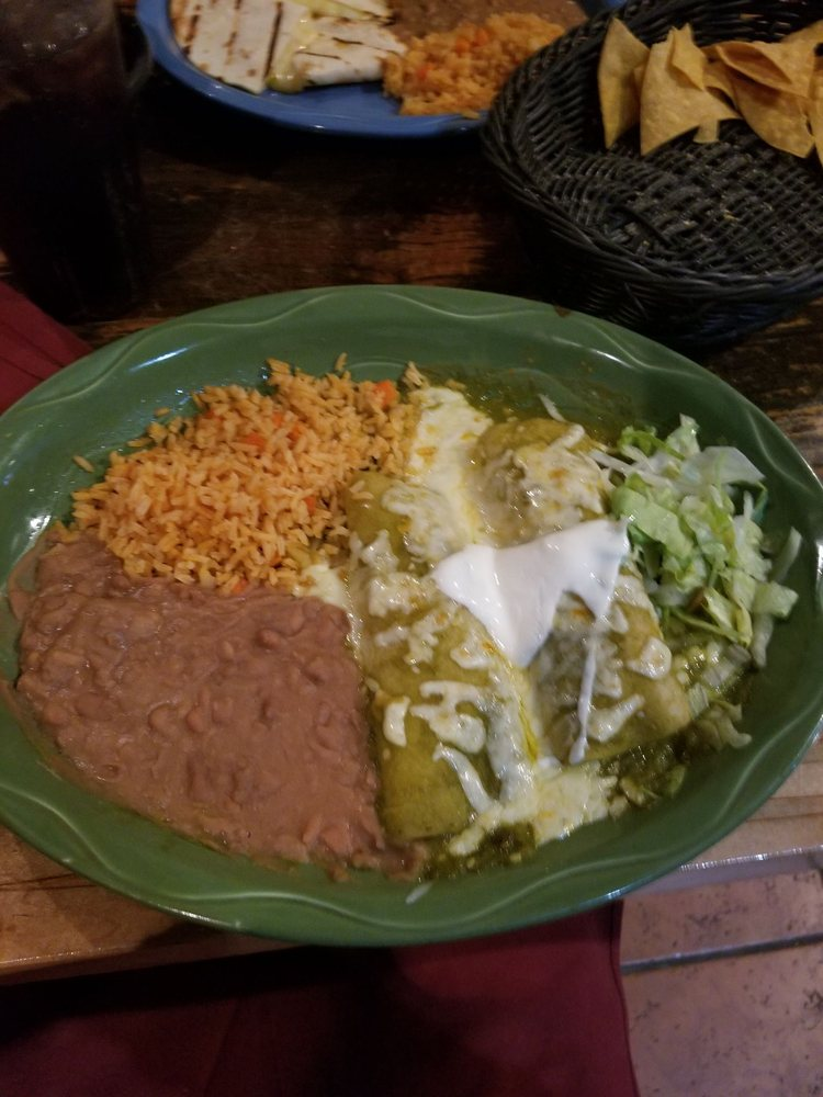 Fiesta Mexicana: 1620 Rte 22, Brewster, NY