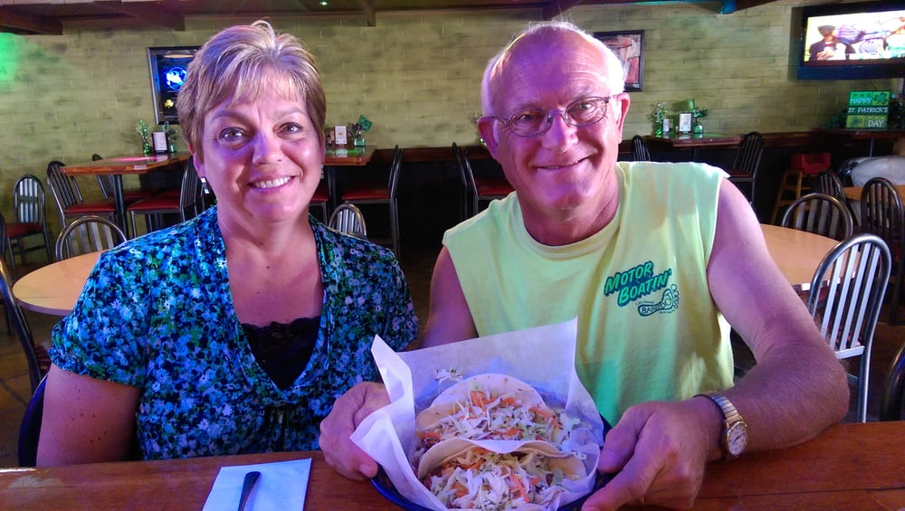 Gallagher's Dining and Pub: 3524 McCulloch Blvd N, Lake Havasu City, AZ