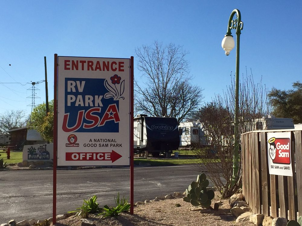 RV Park USA: 108 Blueridge, Comfort, TX