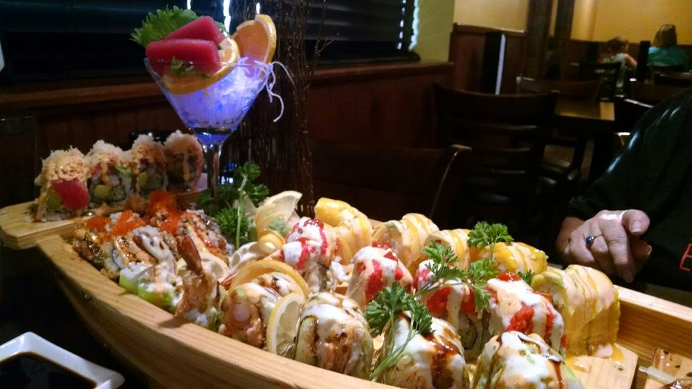Wild Ginger Asian Bistro: 1130 N Memorial Dr, Lancaster, OH