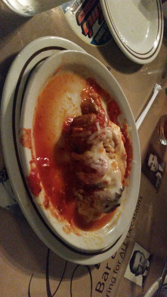 Cicero's Bar and Grill: 115 3rd St, Leechburg, PA