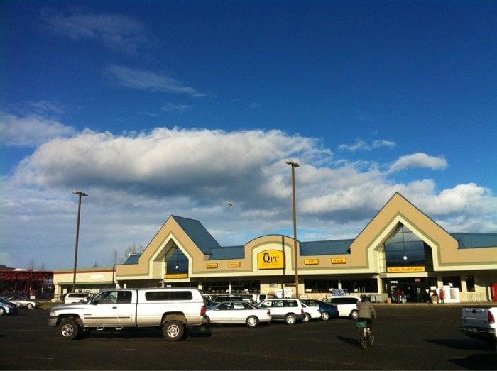 Qfc-Quality Food Centers: 990 E Washington St, Sequim, WA