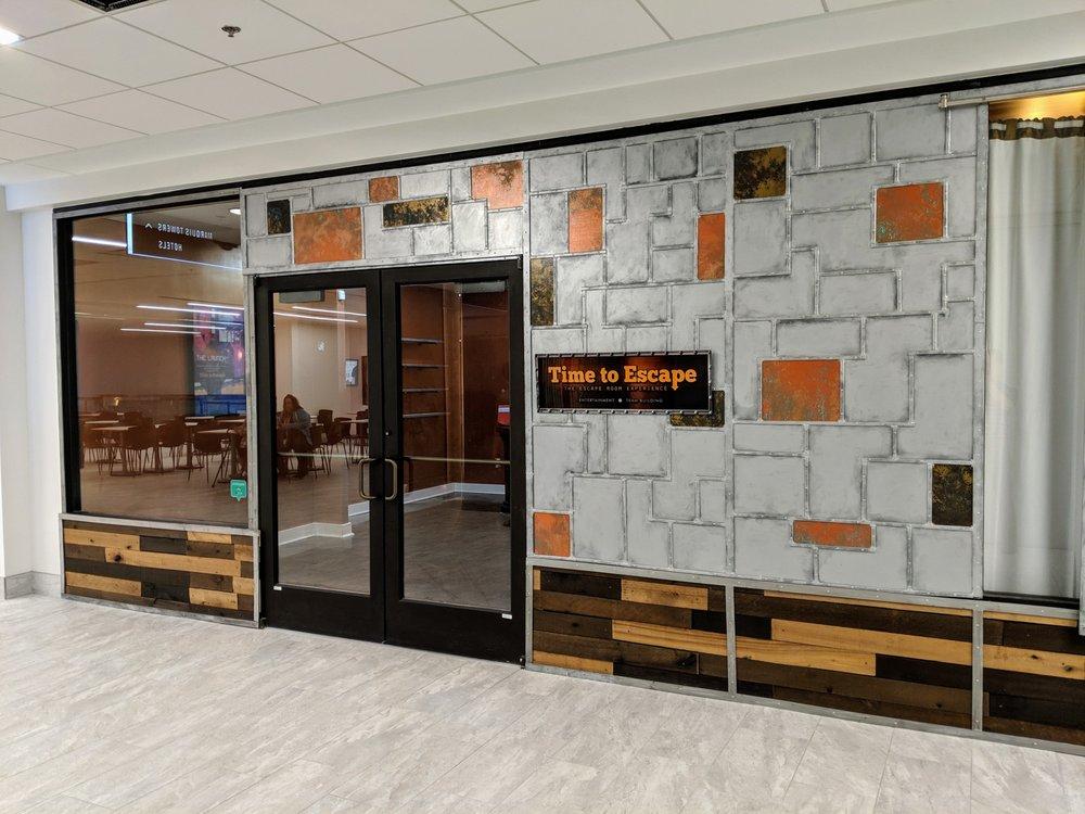 Peachtree Center Mall: 231 Peachtree St NE, Atlanta, GA