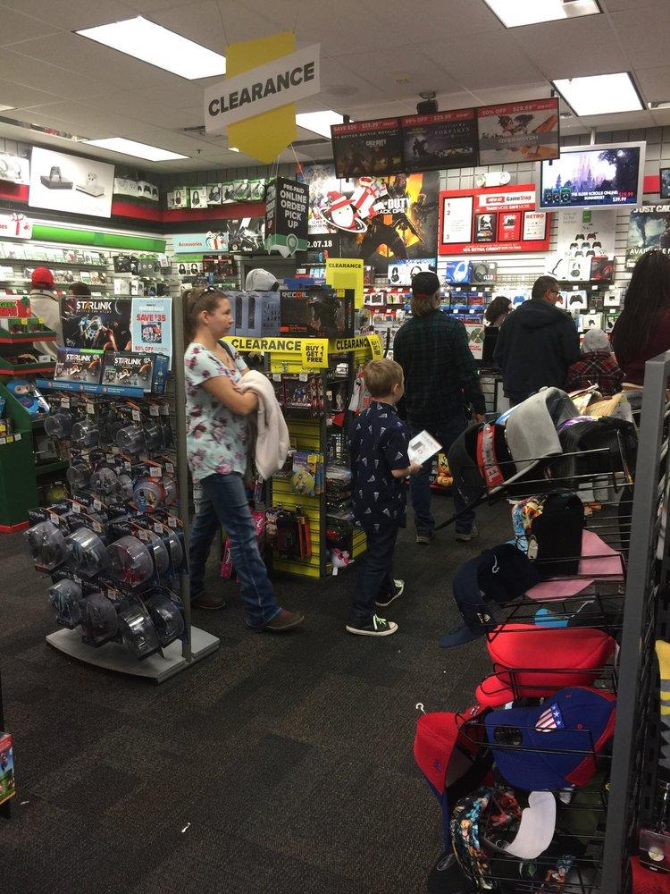 GameStop: 3250 Gateway Blvd, Prescott, AZ