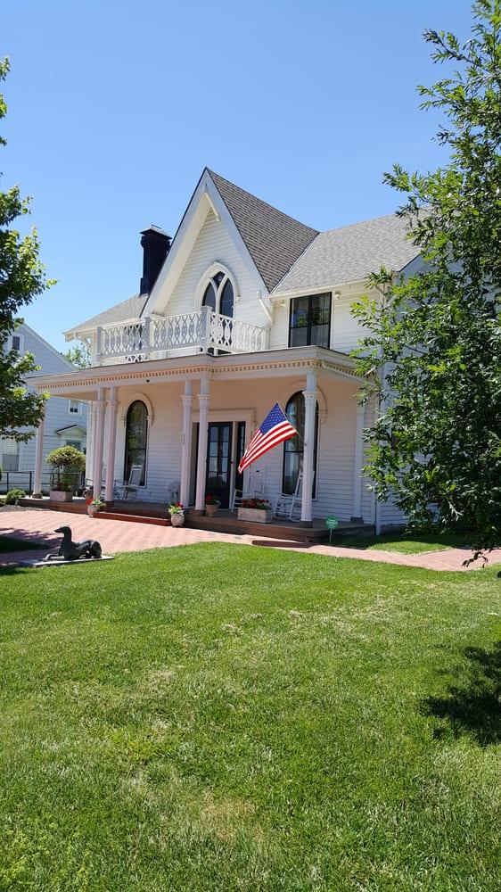 Amelia Earhart Birthplace: 223 N Terrace St, Atchison, KS