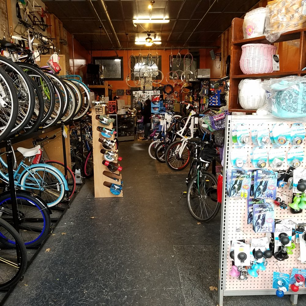 Pengin Cycle Werks: 149 E Main St, Gosport, IN