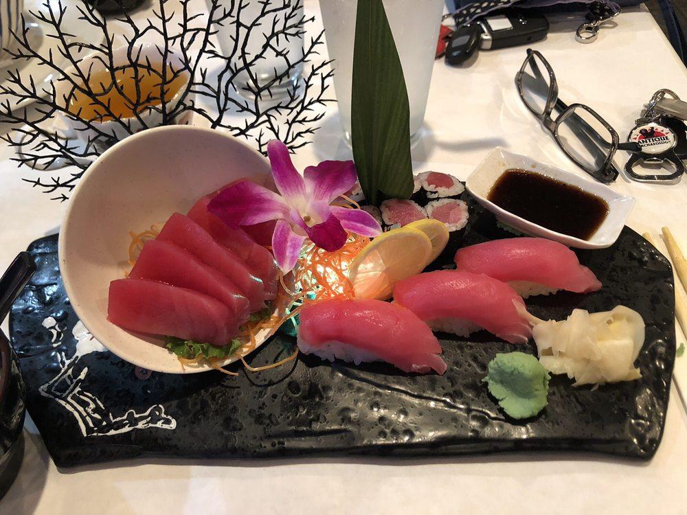 Sumo Sushi Bar And Hibachi: 503 Mill Ave SE, New Philadelphia, OH