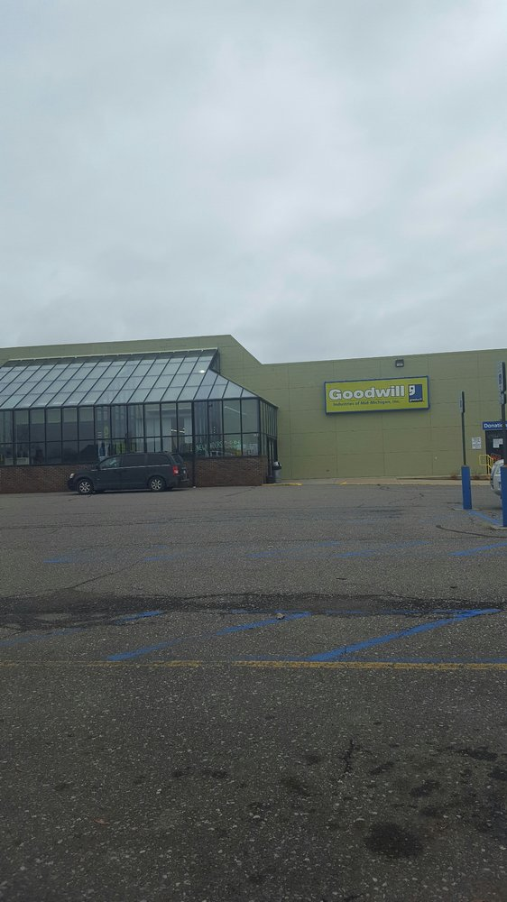 Goodwill: 780 N Van Dyke Rd, Bad Axe, MI