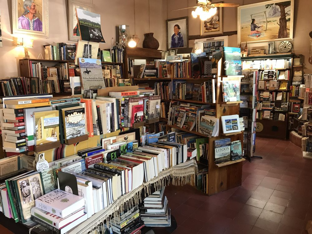 Bowlin's Mesilla Book Center: 2360 Calle Principal, Mesilla, NM