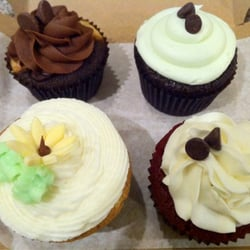 Photo Of Charm City Cupcakes Baltimore Md United States From Left To