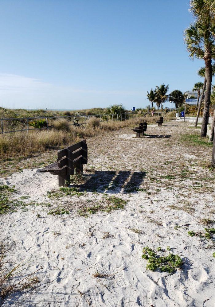 Pinellas County Beach Access Park: 64-98 17th Av N, Indian Rocks Beach, FL