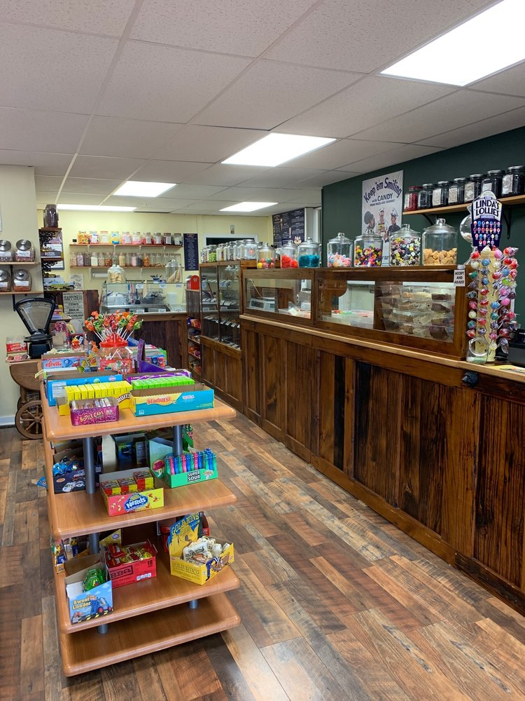 The Peppermint Stick Candy Store: 26 E Philadelphia Ave, Boyertown, PA