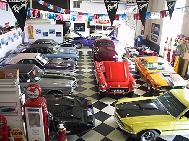 Classic Car Dealer: Midwest Car Exchange Has A 12,000 Sq Ft Indoor Showroom