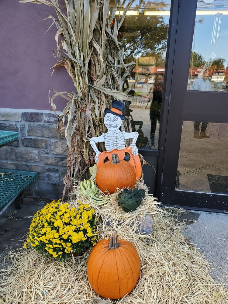 The Florist At Laura Ann Farms: 401 State Rt 17M, Monroe, NY