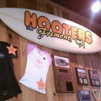 Hooters Restaurant Fremont Ca