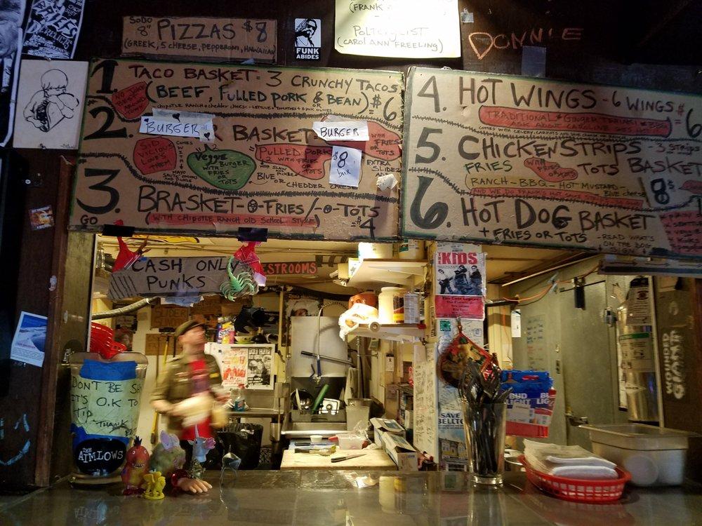 Photo of Streamline Tavern: Seattle, WA