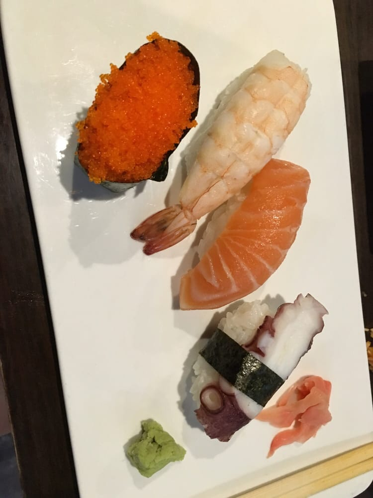 Daiwa Sushi: 8401 Hampton Blvd, Norfolk, VA