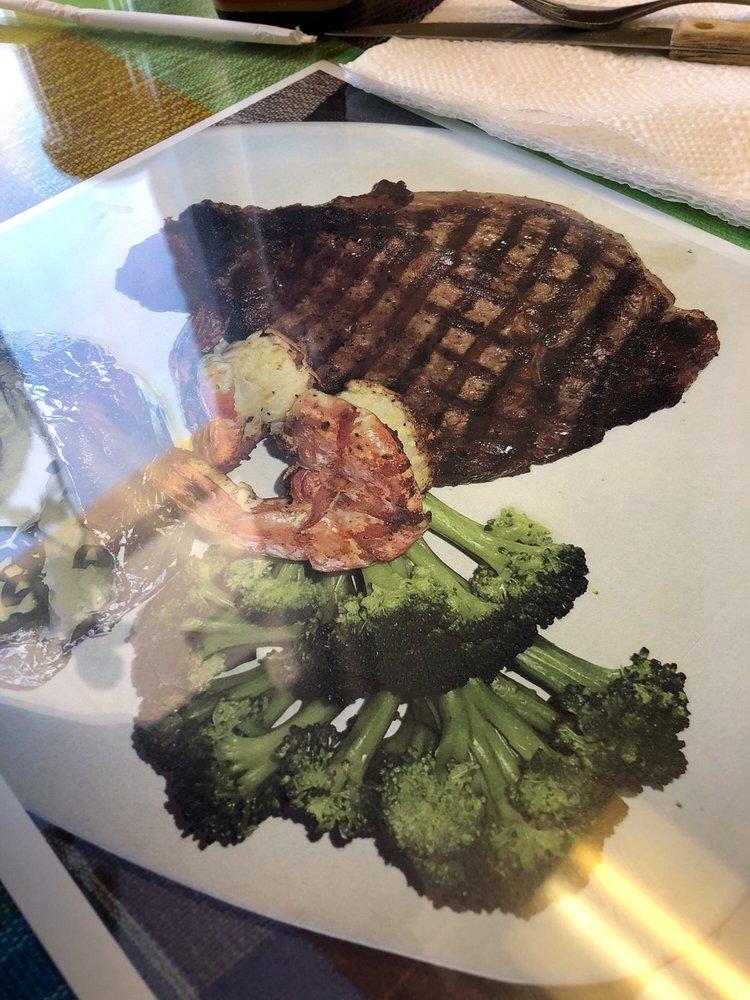 Menchitas Grill Restaurant Y Pupuseria   2116 S La Brea Ave, Los Angeles, CA, 90016   +1 (323) 934-3114