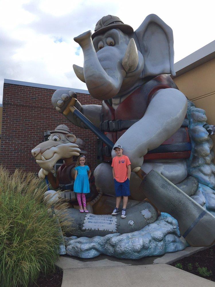 Teays Valley Pediatric Dentistry: 3659 Teays Valley Rd, Hurricane, WV