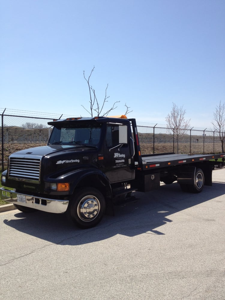 Towing business in Posen, IL
