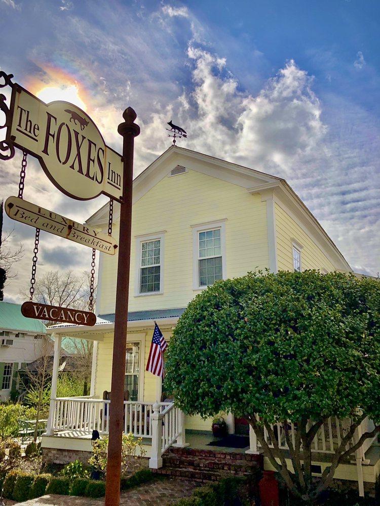 Foxes Inn: 77 Main St, Sutter Creek, CA
