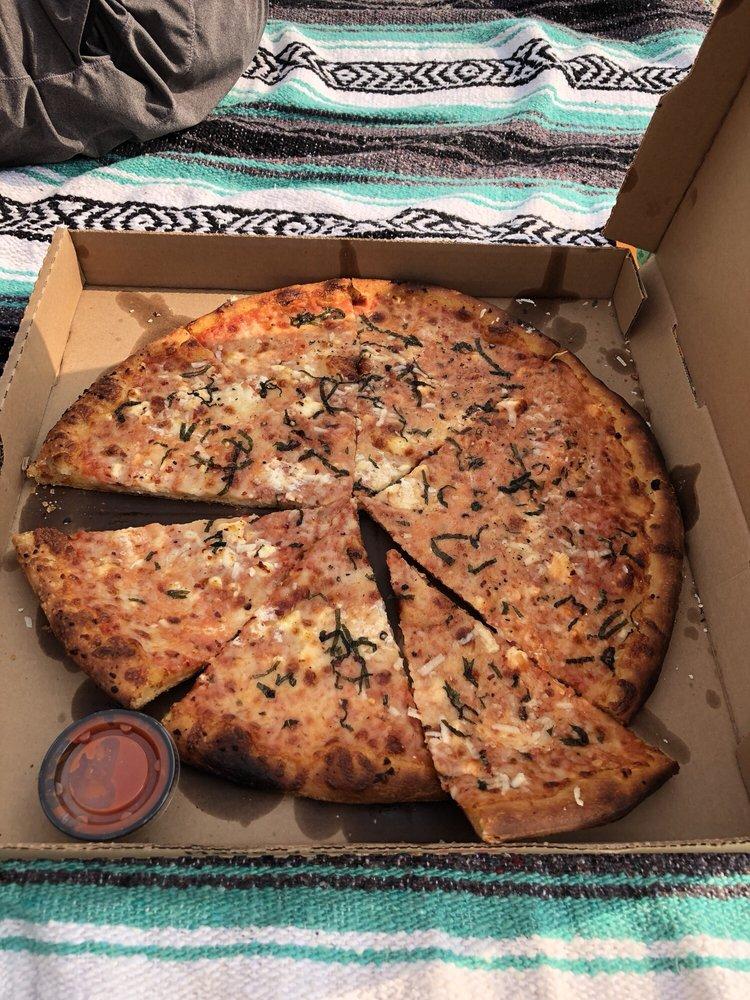 DeadRise Pies: 425 Mason Ave, Cape Charles, VA