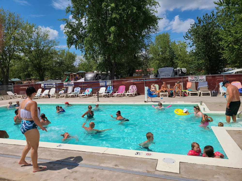 Splash Magic Campground: 213 Aspen Ln, Northumberland, PA