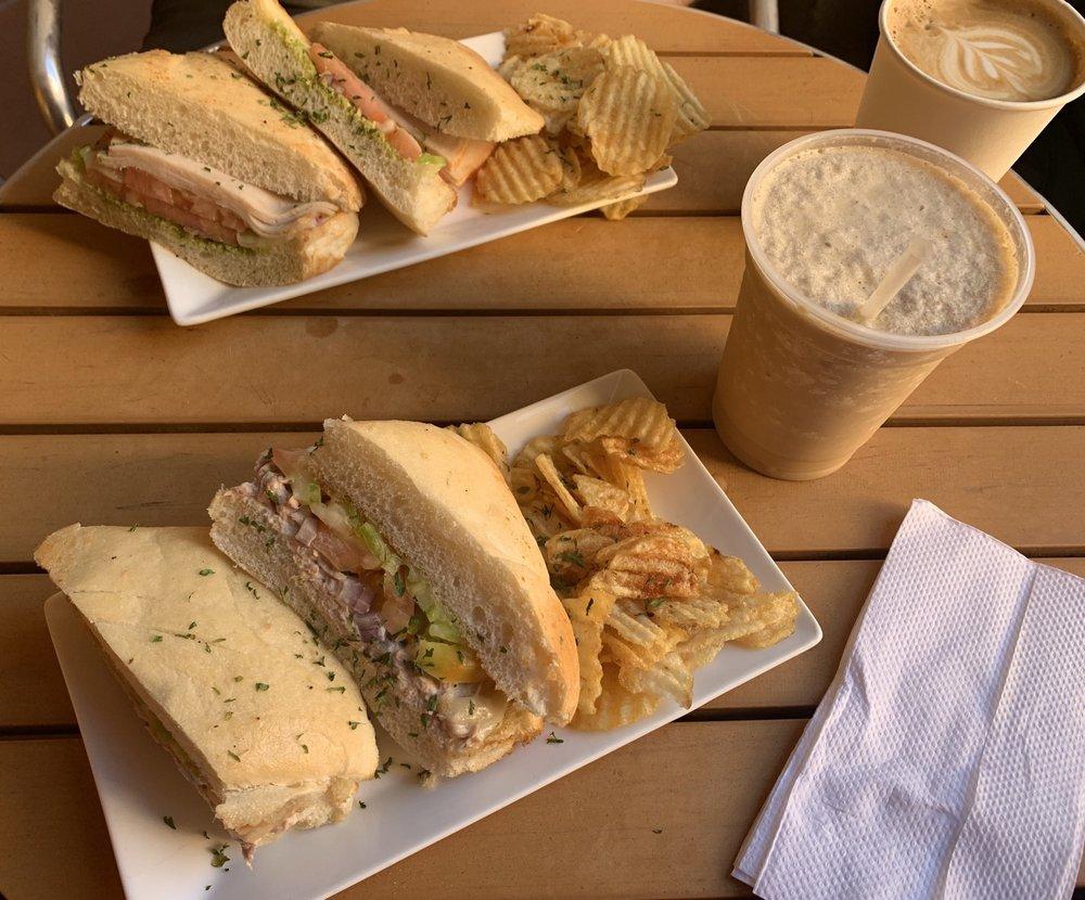 Cafe Don Ruiz: Calle Norzagaray S/N, San Juan, PR