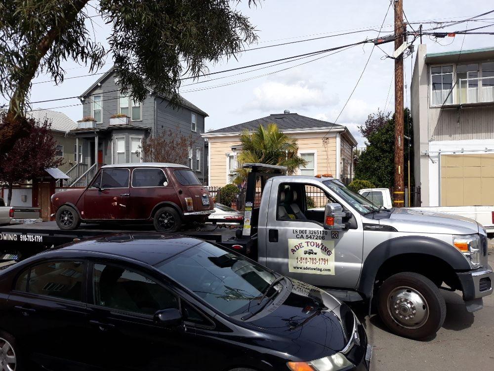 Ade Auto Towing: Oakland, CA