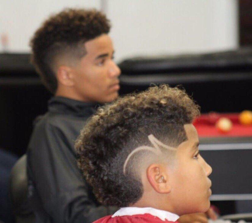 The Blend Barbershop 54 Photos 19 Reviews Barbers 1161