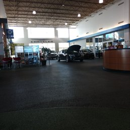 Autonation North Phoenix >> Photos For Autonation Chrysler Dodge Jeep Ram Fiat North