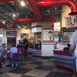 Freddy S Frozen Custard Steakburgers 11 Reviews Burgers 3112 E Kansas Ave Garden City