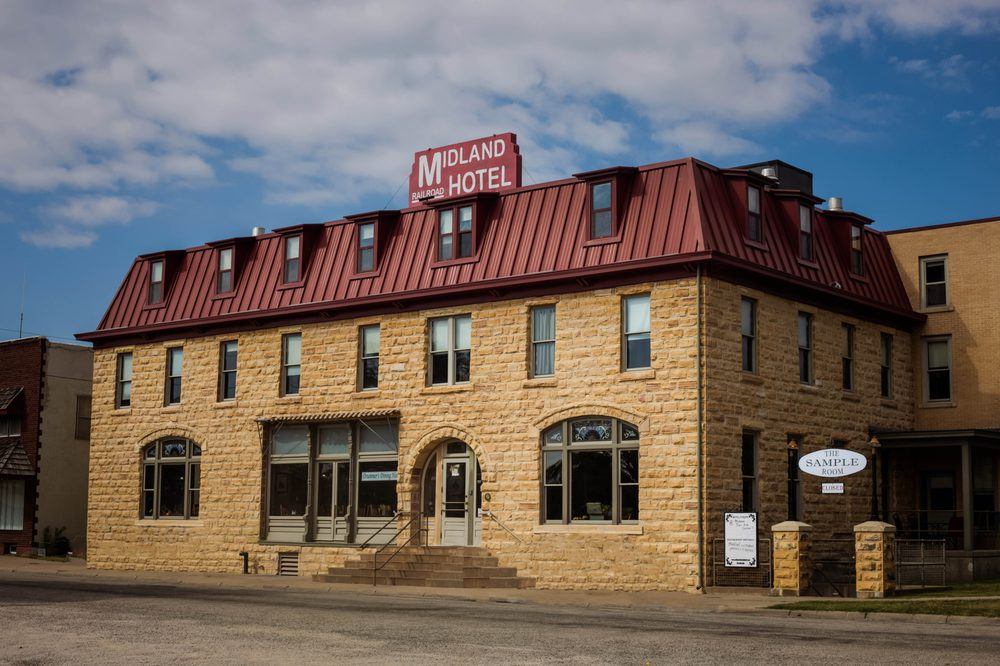Midland Railroad Hotel and Sample Room: 414 26th St, Wilson, KS