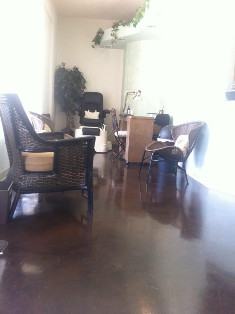Acacia day spa gesloten wellnesscenter 4625 acacia for Acacia salon amherstburg