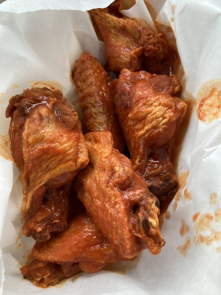 Wings N Things: 3220 Broad St, Dexter, MI