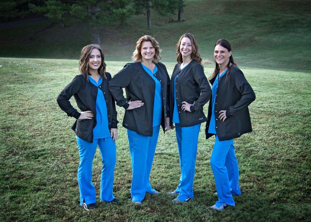 Columbia Dental Center: 915 N Main St, Columbia, IL