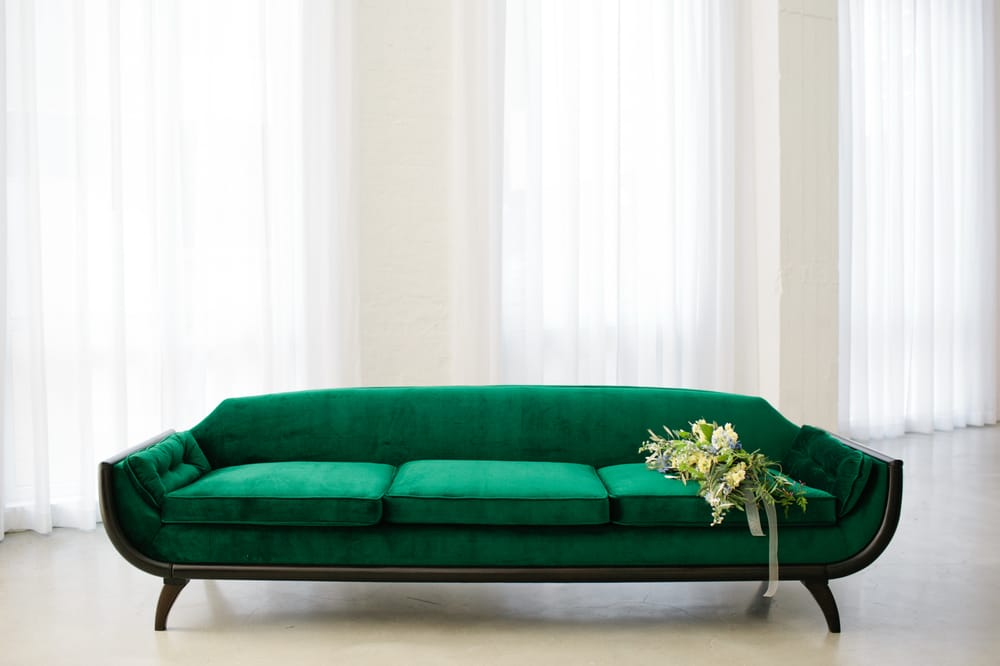 Photo Of Bowery And Bash Chicago Il United States Bacch Sofa